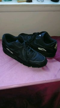 pair of black Nike Air Max shoes El Cajon, 92020