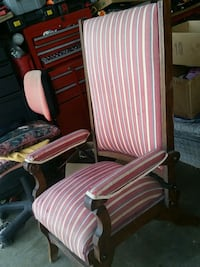 Antique recliner close to 100 years old needs tlc Stockton, 95207