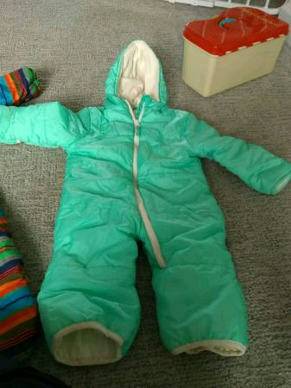 Wippette 18 month snow suit