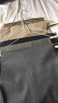 Men's pants 42-30. Grey, green, khaki, blue. Bradford, L3Z 1R8