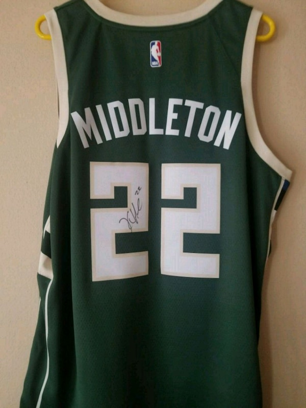 online store ffe0a a9c26 Khris Middleton Autographed Bucks Jersey