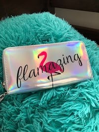Chrome flamingo wallet Hagerstown, 21740