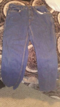 Brand new never used jeans Edmonton, T5C 2L6