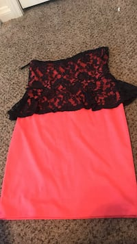 black and pink sleeveless mini dress