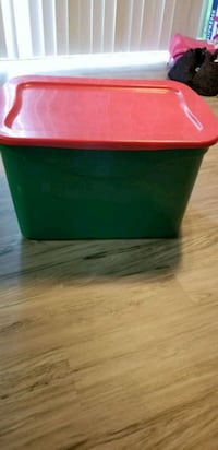 green and red plastic container Westerville, 43081