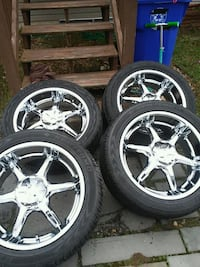 20inch rims and really good tires 58 km