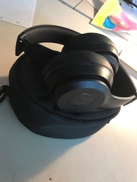 Black beats solo3 wireless Concord, 03303