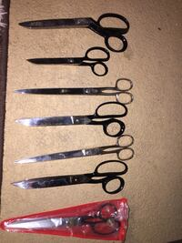 four black and brown handled knives Poway, 92064