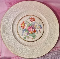 Wedgwood cabinet plate Pretty in Pink Brantford