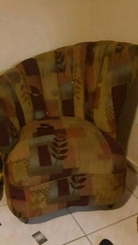 Comfy accent chair  Hollywood, 33023