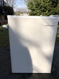 white Haier single-door refrigerator 28 km