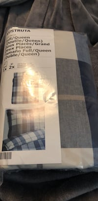 Ikea duvet cover new in package I have 2 Grimsby, L3M