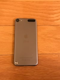 iPod Touch 5th Generation (32GB) Silver Spring, 20904