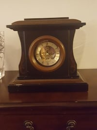 brown wooden mantle clock Toronto, M5E 1Z8