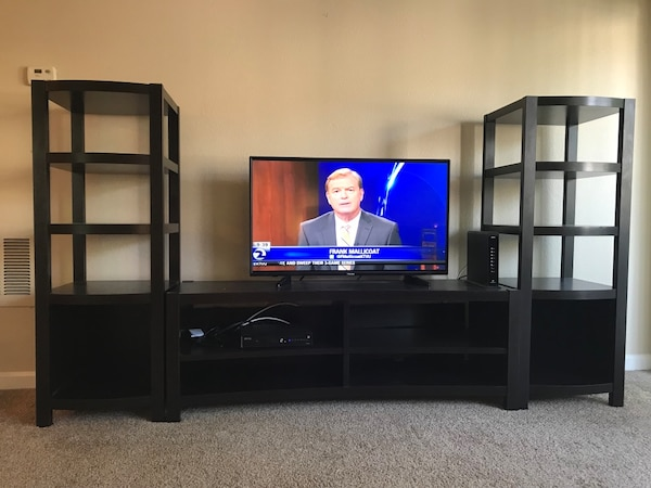 Used Media Stand With Side Towers For Sale In Oakland Letgo