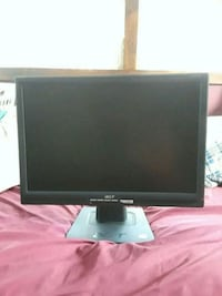 Acer lcd monitor and Microsoft keyboard  Mount Holly