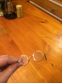 Vintage doll eye glasses. Real glass and nose pieces! Very well made Greenup, 41144