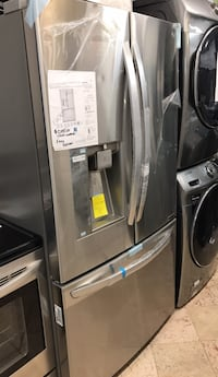 black side-by-side refrigerator with dispenser West Palm Beach, 33409