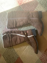 Dawgs brown suede boots new without tags