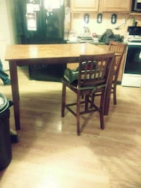 Dark solid wood table and chairs set Hedgesville, 25427