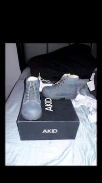 AKID shoes  Los Angeles, 90002