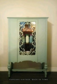 Antique China Cabinet  Whitby, L1N 3G7