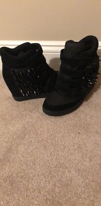 Pair of black ALDO high top sneakers size 7 Washington, 20024