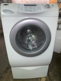 Front load washer on pedestal  Grove City, 43123
