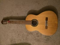 Classical guitar with nylon strings Burlingame, 94010
