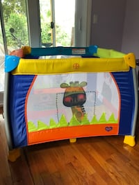 Delta playpen from USA Mississauga, L4Y 2G4