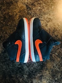 Nike's Size 6 Toddler  Springfield, 37172