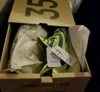 frozen yellow Adidas Yeezy Boost 350 v2's with box Woodbridge, 22191