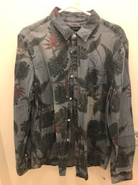NWT Buffalo floral denim shirt M Richmond, V6X 2A2