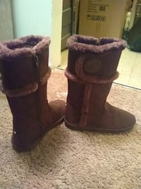 MICHAEL KORS zipper boots authentic Enfield, 06082