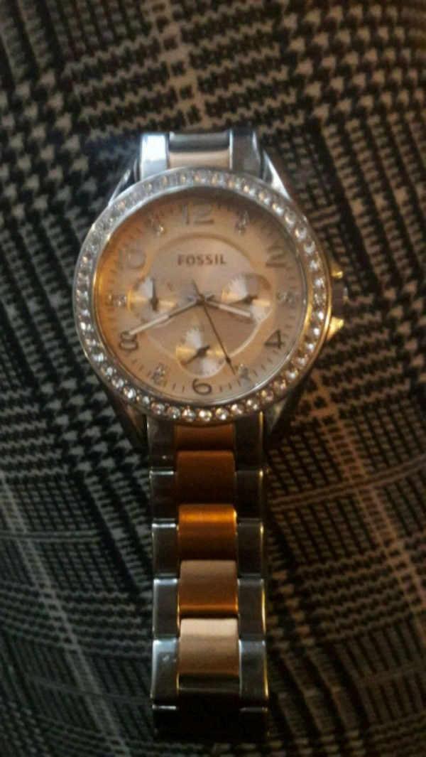 New Ladys fossil watch
