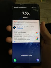 Slightly cracked still working Samsung s8+ lcd is still fine but it's cracked Corona, 92879