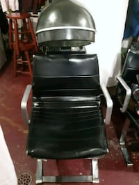 Beauty salon chair  Toronto, M3N 2R7