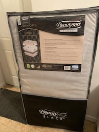 BRAND NEW...Black and white plush beautyrest mattress Fort Washington, 20744