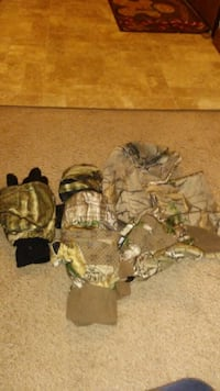 Hunting gear  Des Moines, 50320