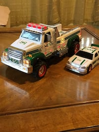 2011 Hess Toy Truck & Race Car Tampa, 33612