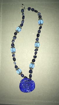 Blue beaded fifth avenue necklace with flower pendant Vancouver, V5S