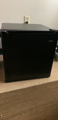 mini fridge practically brand new barely used Knoxville, 37921