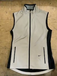Woman's Small Nike vest two sided