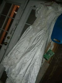 white and lace wedding dress size 6 Bakersfield, 93312