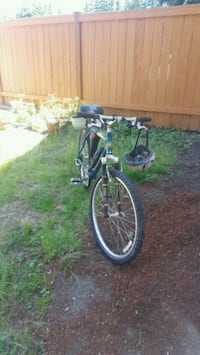 black and white cruiser bike Renton, 98058
