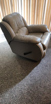 Leather recliner Lutz, 33558