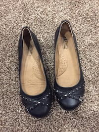 Cliffs by white mountain shoes 6W Calgary, T1Y 5T7
