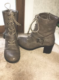 Women's size 7 1/2 brown booties Milford, 01757