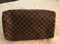 Damier Ebene Louis Vuitton leather wristlet Clinton, 20735