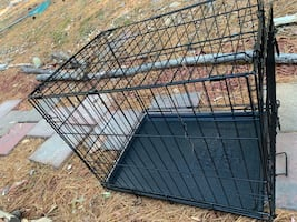 2 Medium Dog Kennels